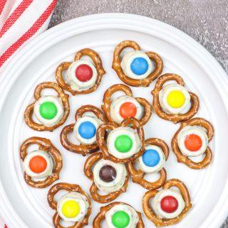 pretzels kisses on a plate