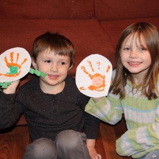 Easy St. Patrick's Day Craft- leprechaun hand print