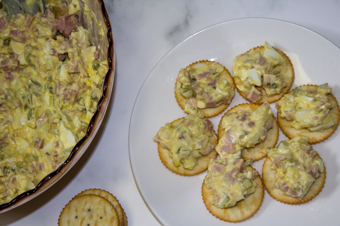 Looking for a great tasting way to use leftover ham? This ham spread recipe is delicious. Deviled ham spread or ham salad dip is great for potlucks.