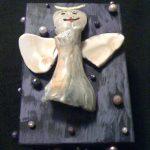 Wooden box and shells craft idea