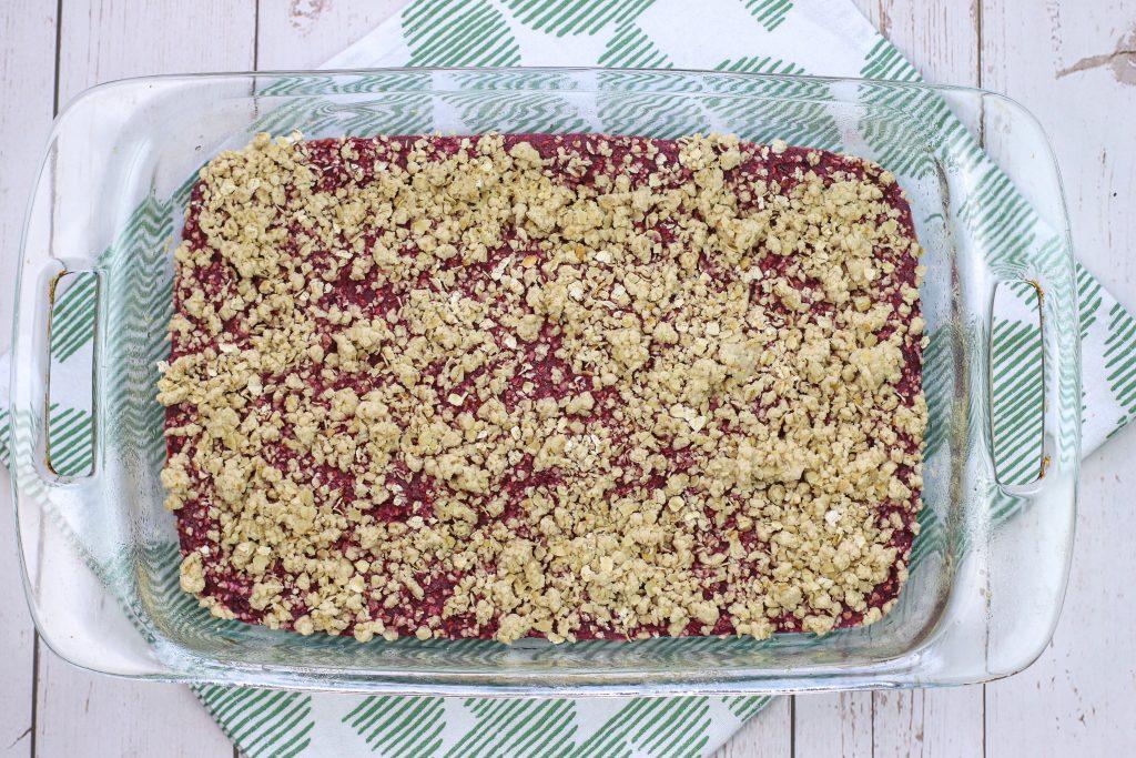 baked raspberry oatmeal bars