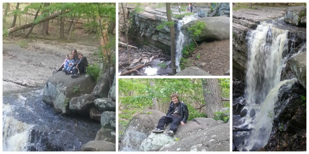 Pictures of Ringing Rocks: Ringing Rocks waterfall