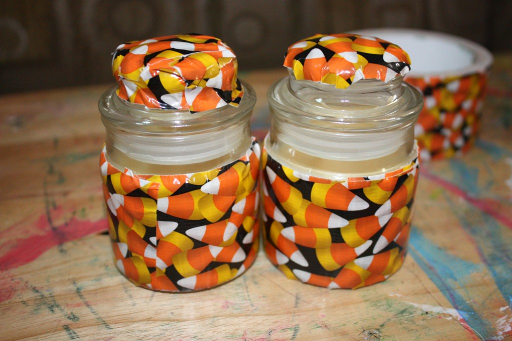 DIY Halloween Candle: Cheap, Easy and under $2. This is a simple DIY Halloween craft that is very inexpensive to make. This is an easy Halloween decoration.