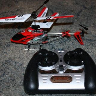 RC Helicopter - Remote Control Helicopter with Gyroscope