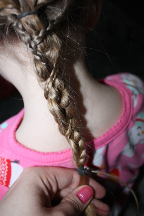 Getting the Disney's Tangled Braid Twist the micro braids