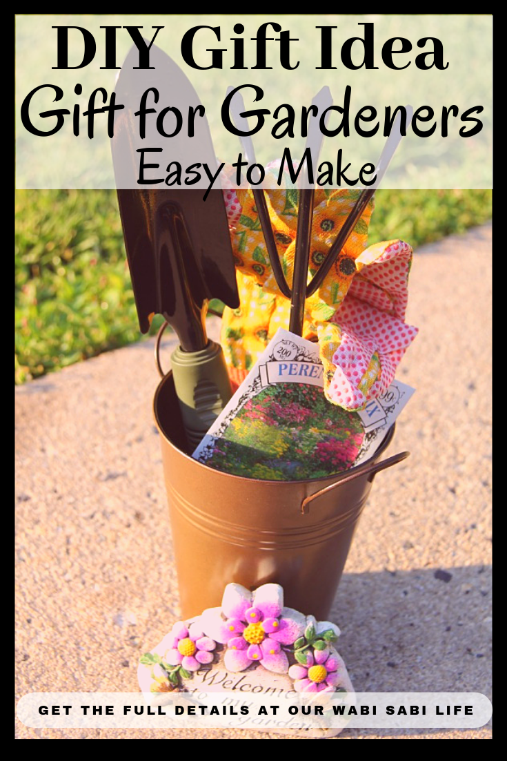 """It doesn't matter if it """"I'm Thinking of You Gift"""", and end of the year teacher gift, or a birthday present this is a cute craft idea for gardeners."""