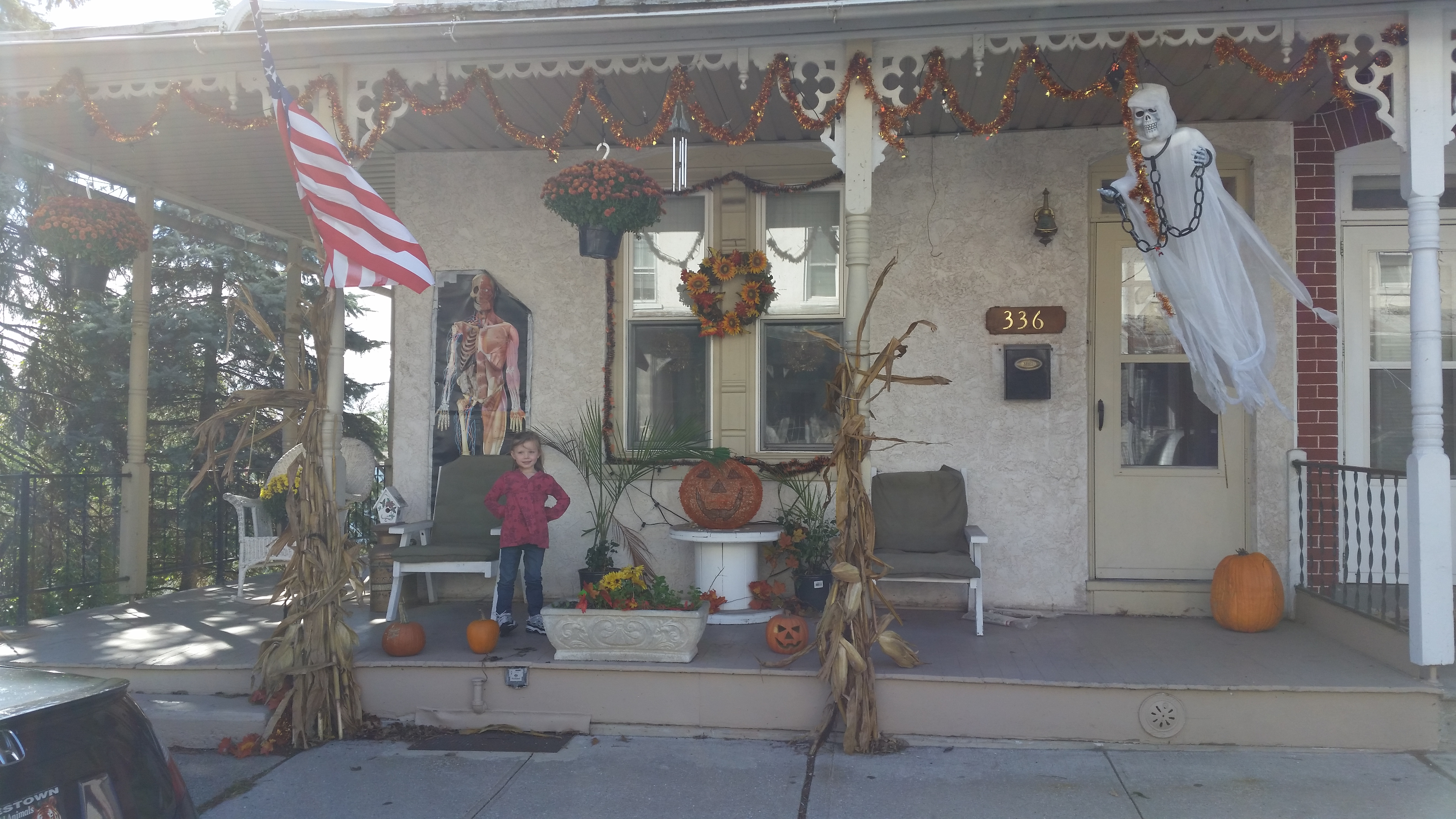 Moms house decorated for Halloween.