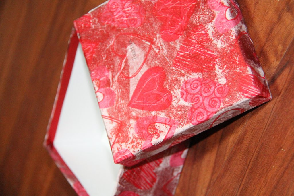 DIY Valentine gift box finished