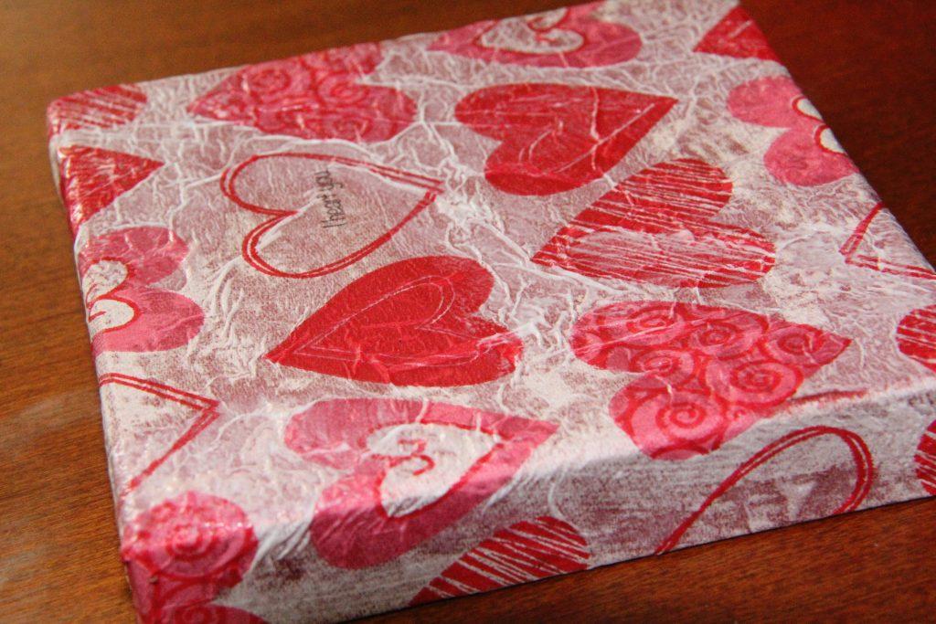 DIY Valentine gift box lid