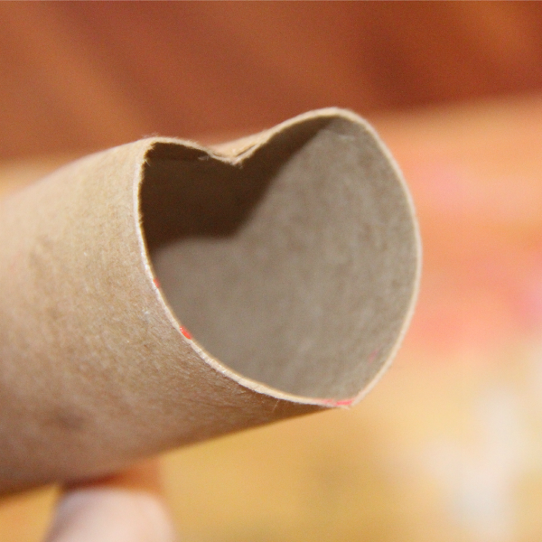 Valentines Day Stamp : Make Heart Stamp DIY Recycled Heart Stamp. Make the kids a Recycled toilet paper roll DIY heart Stamp. Perfect recycled craft