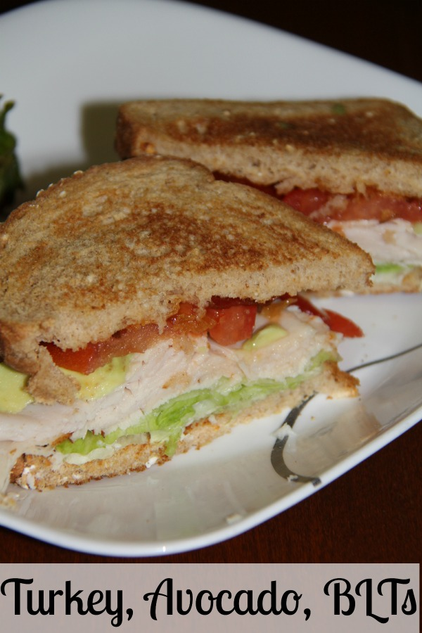 Need a light lunch recipe that can also be a light dinner recipe? Turkey, Avocado, BLTs