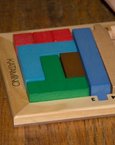 katamino-brain-games-come-to-life