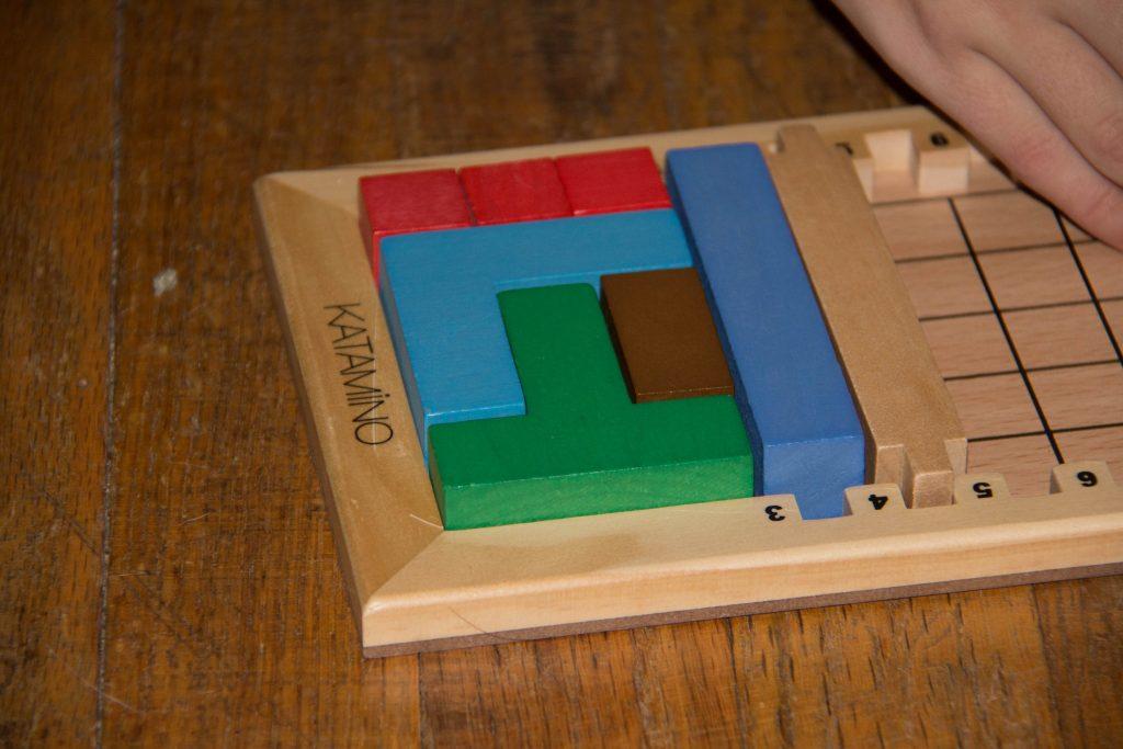 katamino-brain-games-come-to-life-4