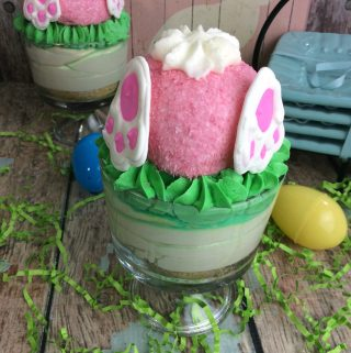 Do you love cheesecake and want to create a special Easter dessert? How about Bunny Butt cheesecake? It is delicious and easy to make.