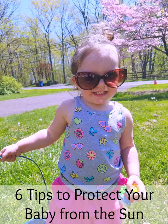 6 ways to protect your baby from the sun. Protecting baby from the sun and its harmful rays is important, use these tips to make it easier.