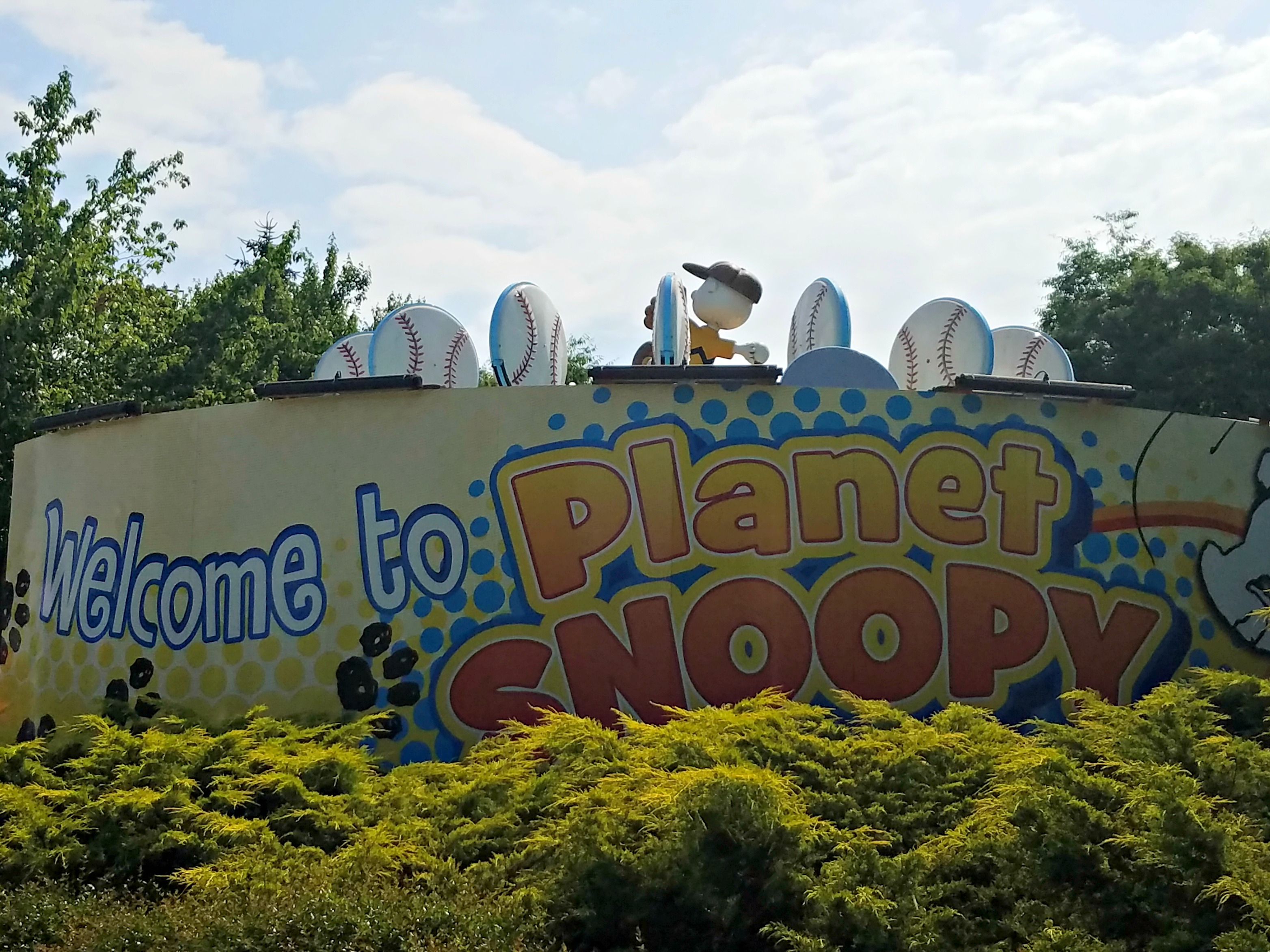 Planet Snoopy, with amusement park rides for little kids, at Dorney Park and Wild Water Kingdom
