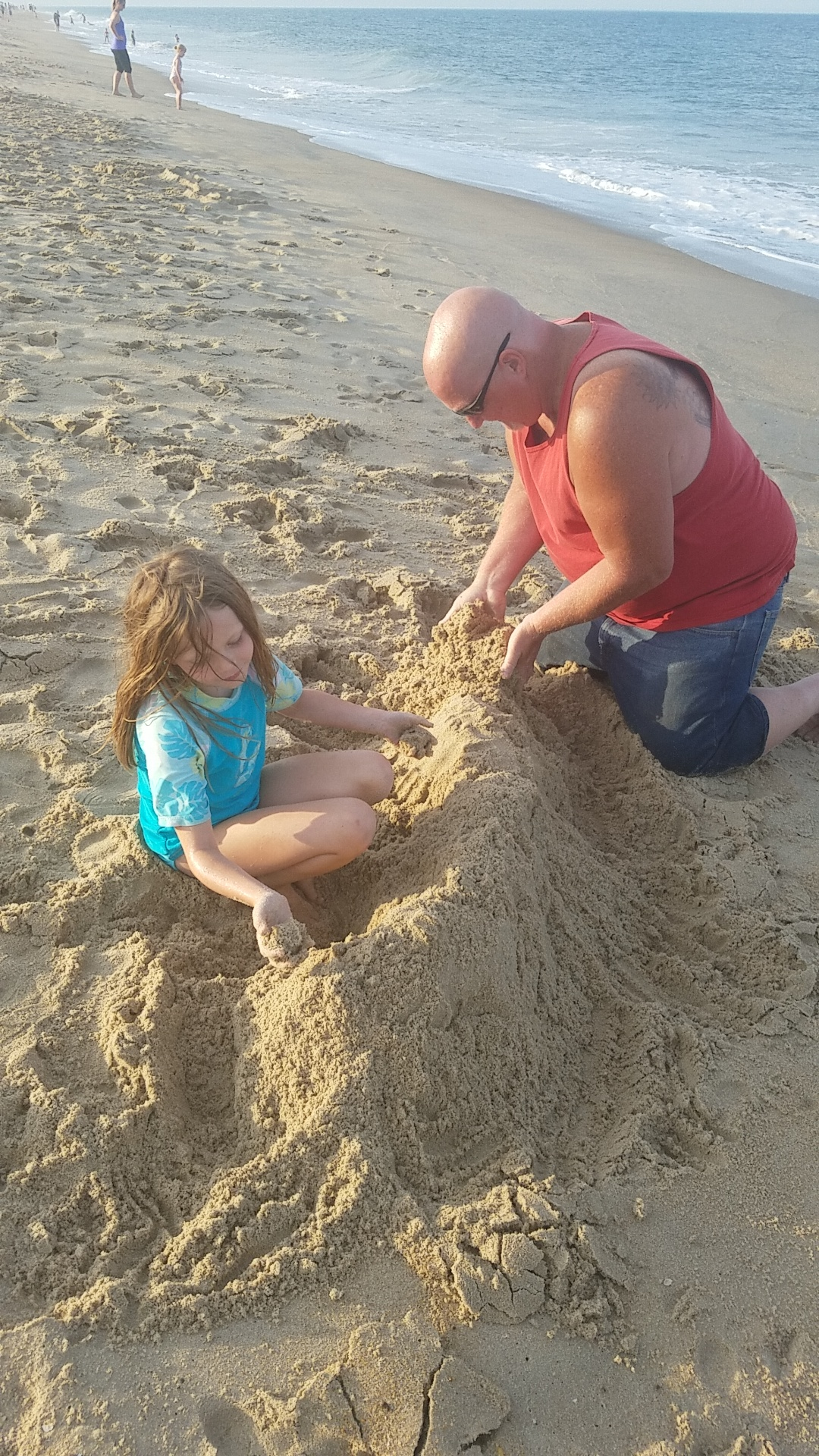 Fenwick Island in Delaware is an excellent place for a family beach vacation. The beautiful coastal town full of water activities, wildlife and much more.