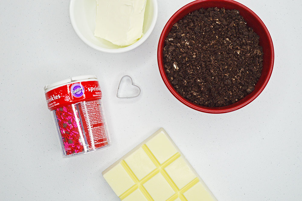 Ingredients to make Heart truffles