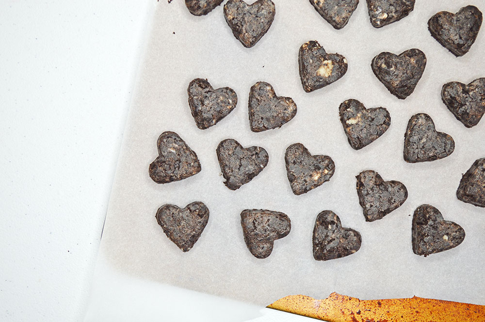 Cut the truffle dough into hearts