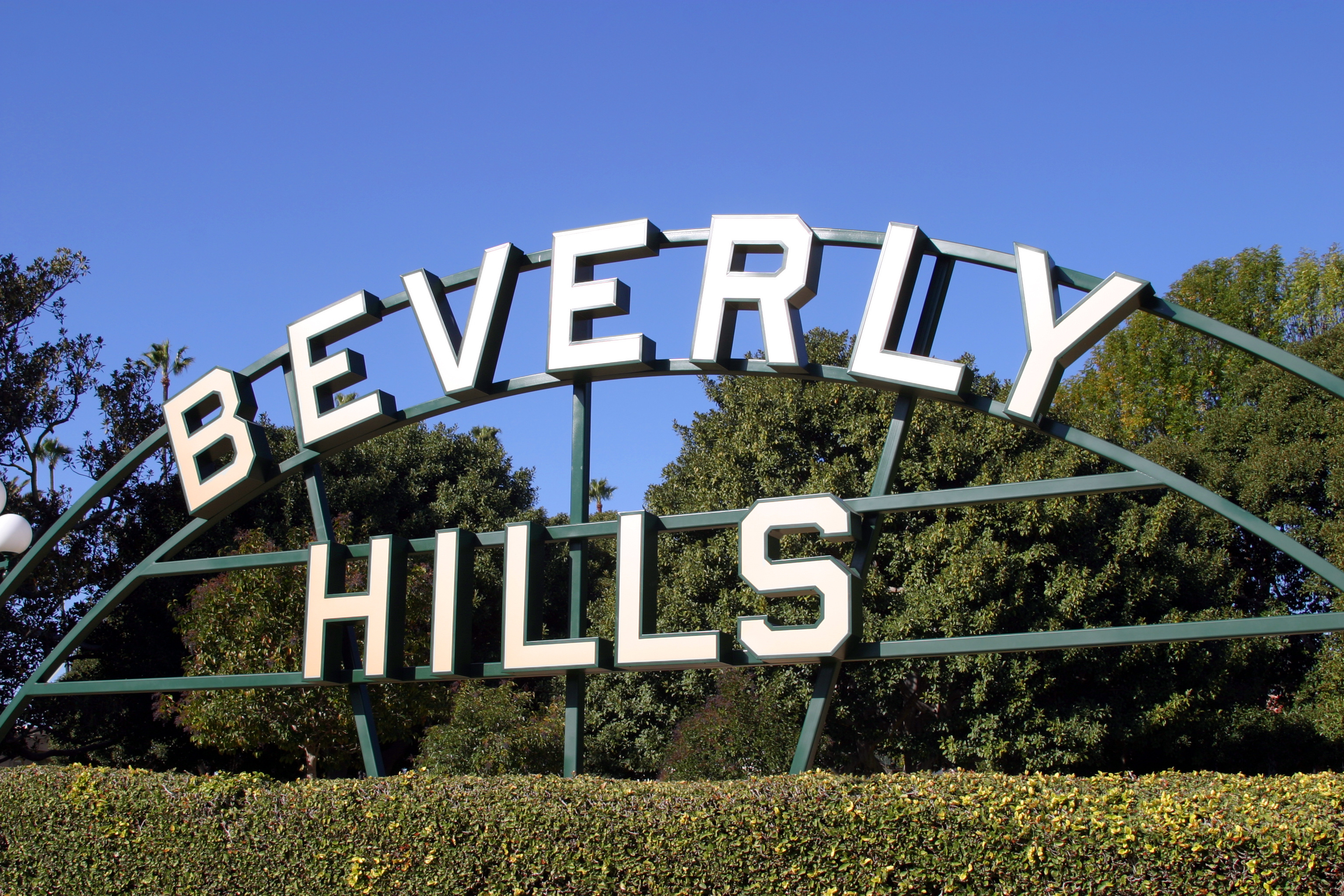 Whether you live near Beverly Hills or planning a day trip and want to know things to do in Beverly Hills, there is no doubt you will love these places. Beverly HIlls Sign