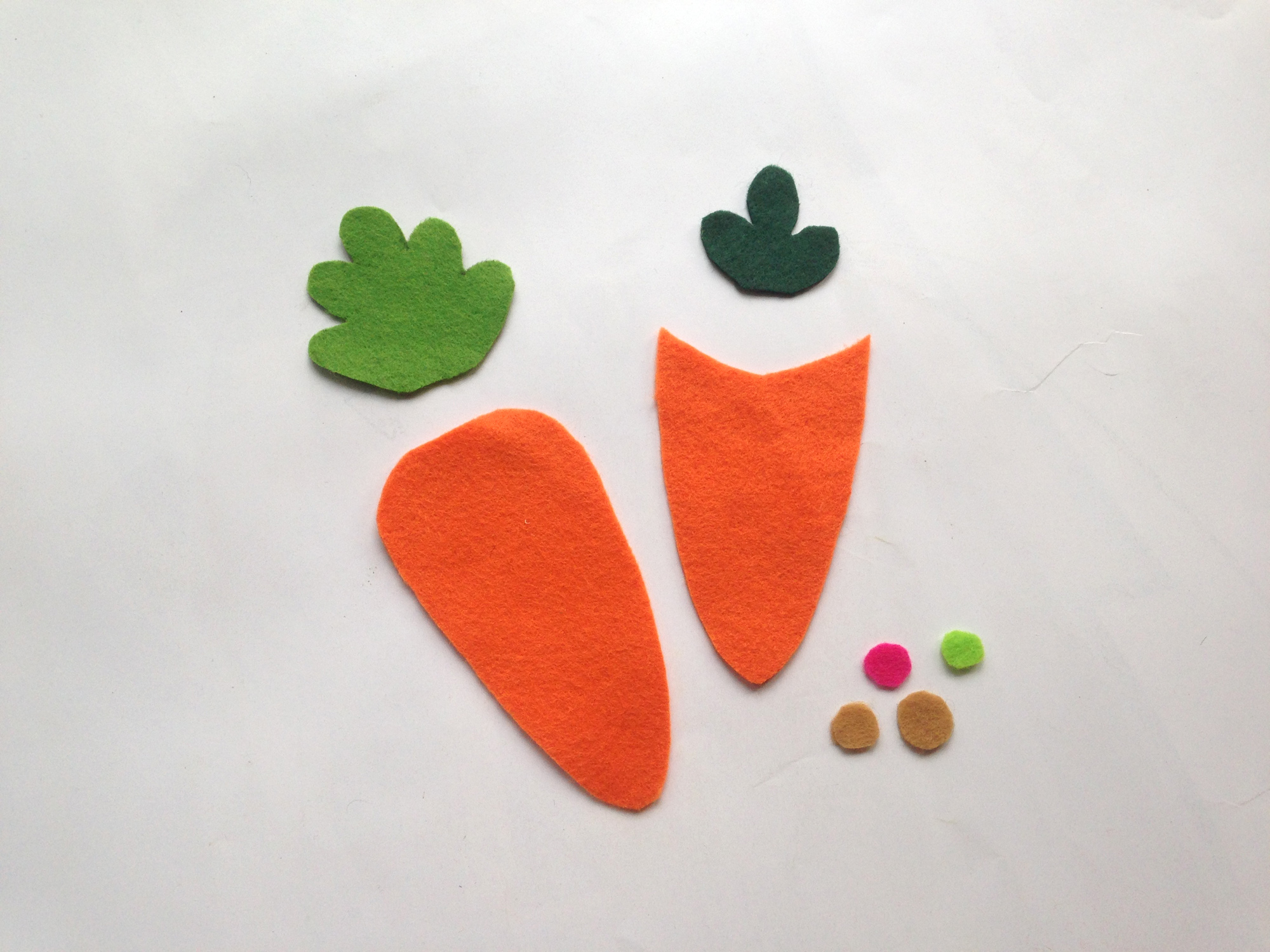 carrot treat bag pieces cut out