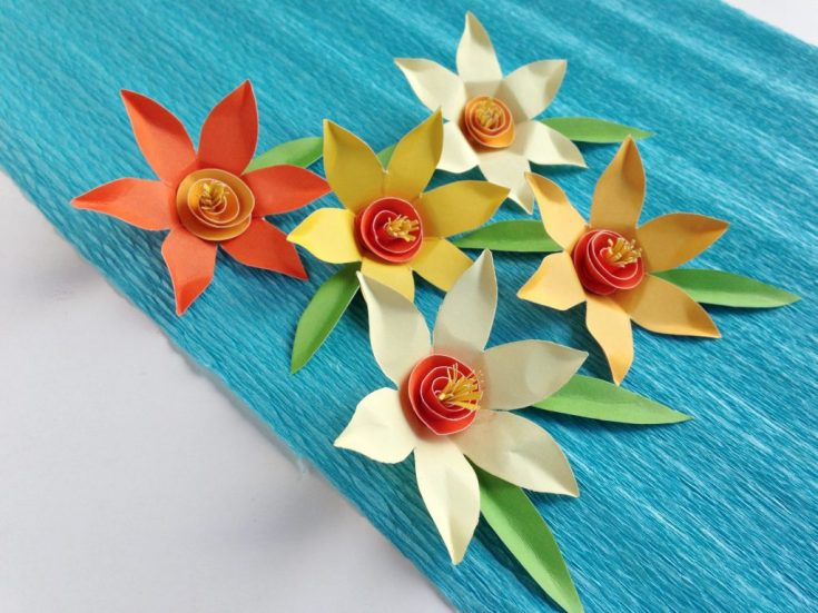 DAFFODIL PAPER FLOWERS CRAFT
