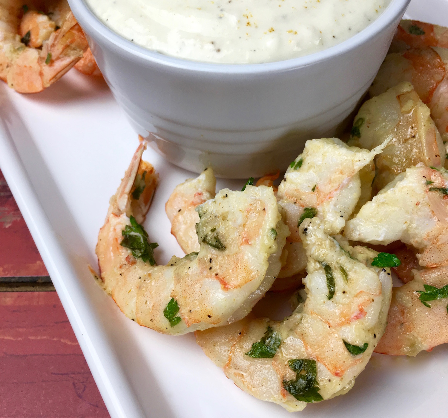 Looking for a delicious shrimp recipe? Try making this simply delicious Garlic Parmesan Shrimp. It is a fast weeknight dinner and everyone will love it. #shrimp #dinner
