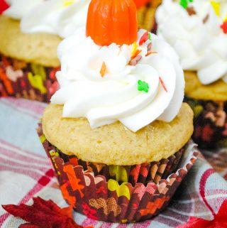 Vanilla Pumpkin Cupcake