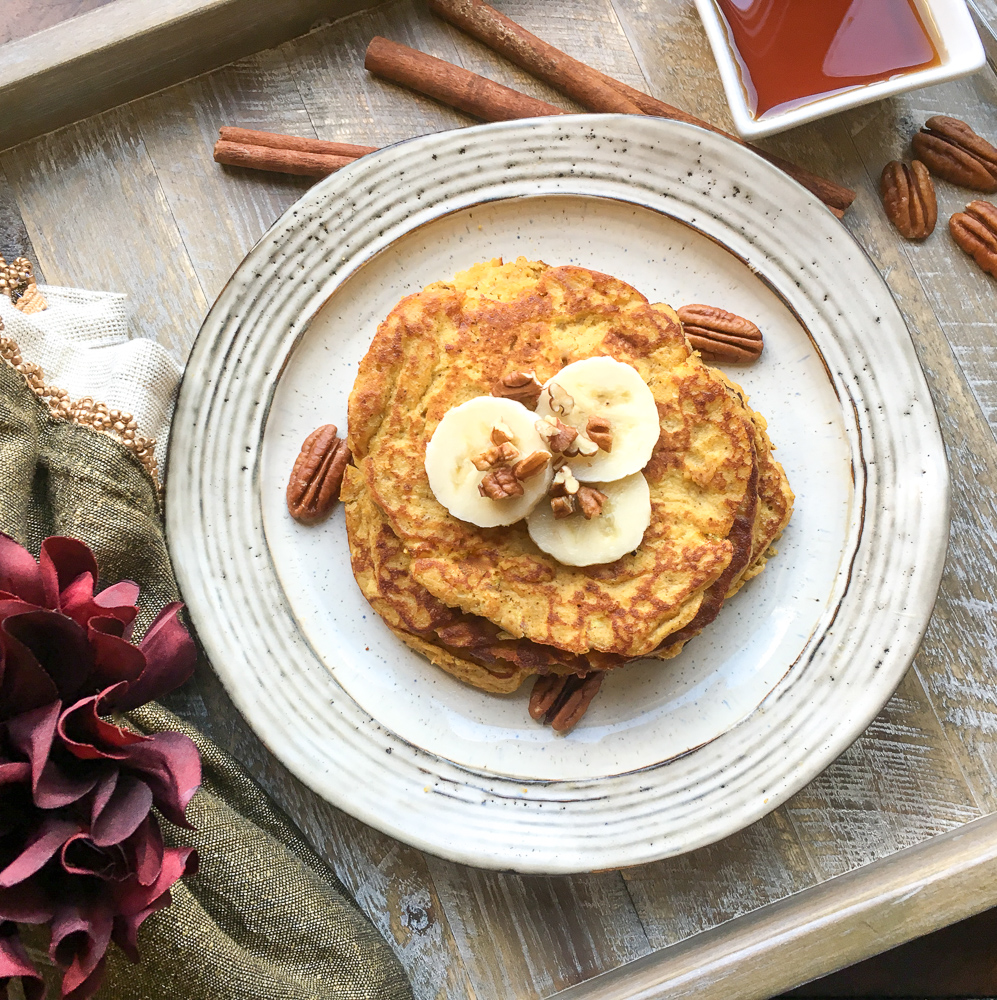 Looking for a healthy keto pancake recipe? Need a keto breakfast that won't set your diet off track? These delicious pumpkin spice pancakes are keto and paleo friendly. #Keto #Paleo #Breakfast #Recipe