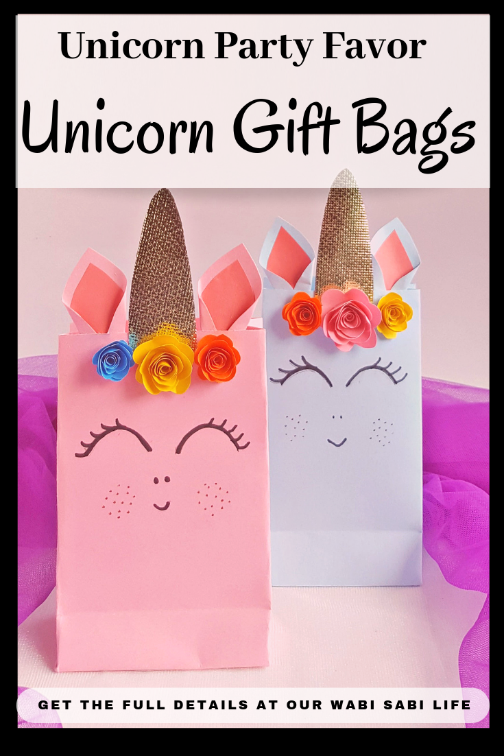 Planning a Unicorn Party? Looking for a Unicorn Gift Bag idea? These Unicorn Party Favor Ideas are easy to make, fun to receive and perfect for any Unicorn Party.