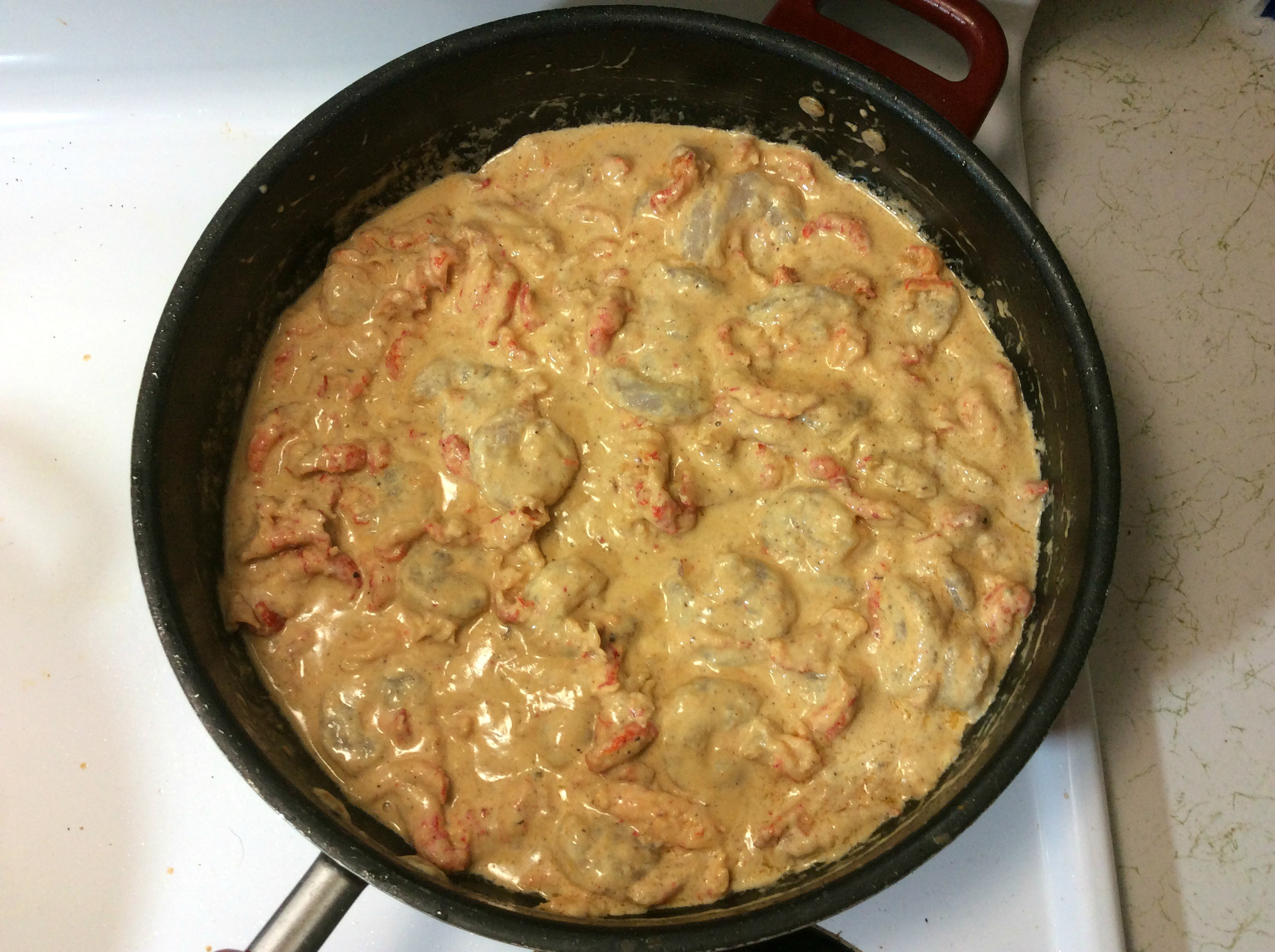 everything in skillet for shrimp mac and cheese