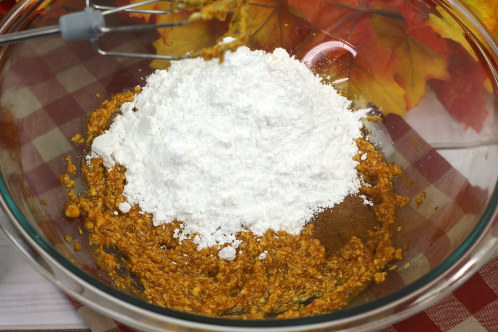 pumpkin and sugar in bowl