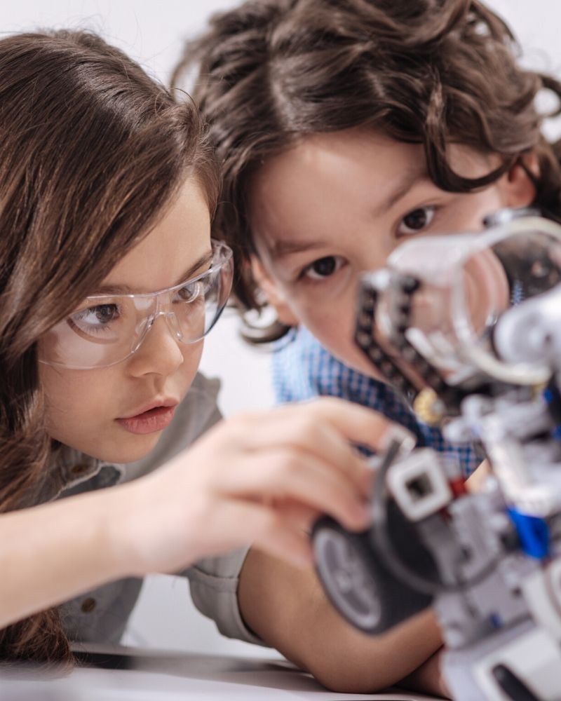 Ways to Encourage a Love of Science for Children