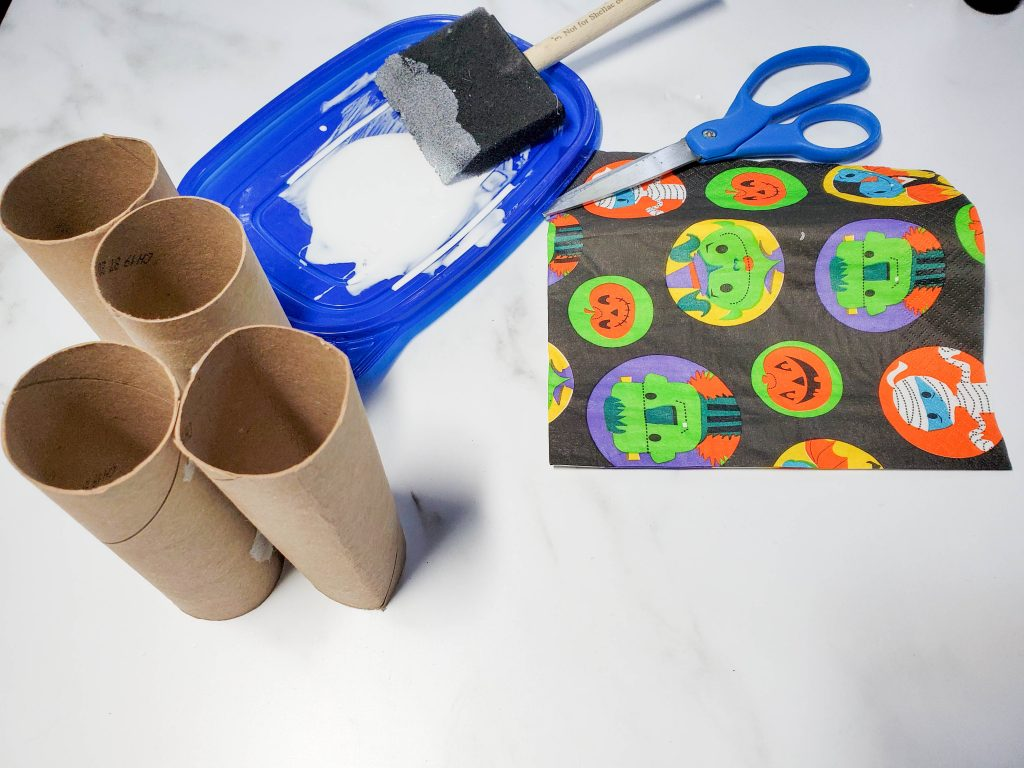Easy DIY Treat Bag for Halloween supplies
