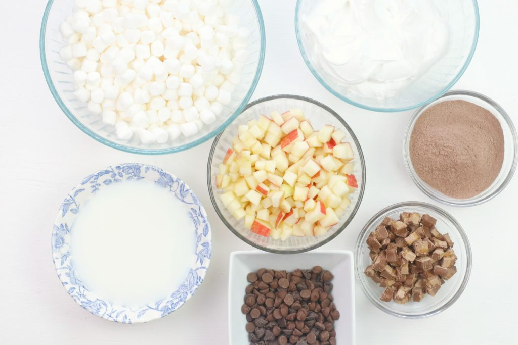 Ingredients needed to make Caramel Apple Fluff