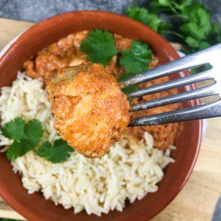 chicken tikka masala on a fork