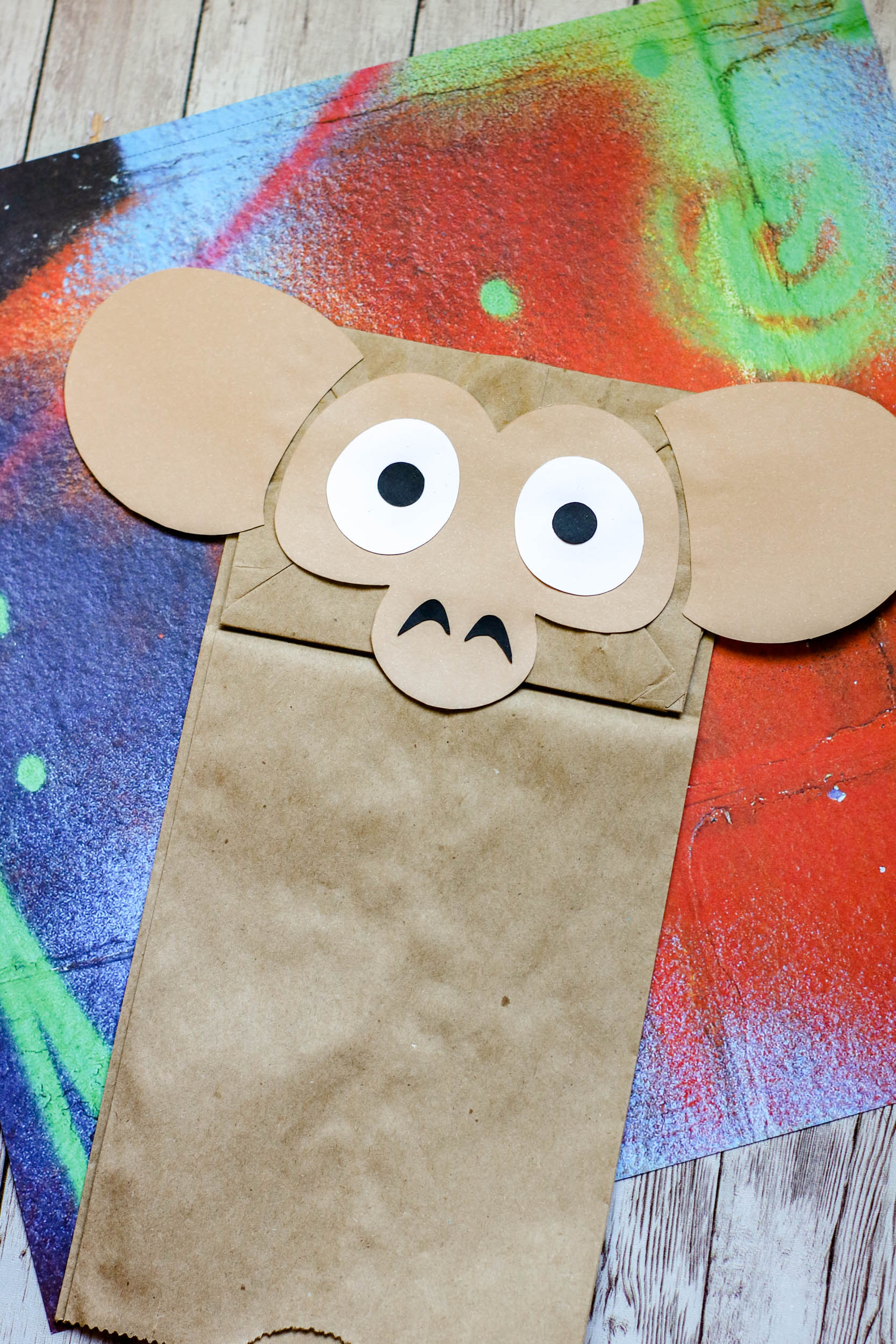 The decoration pieces on a brown bag.
