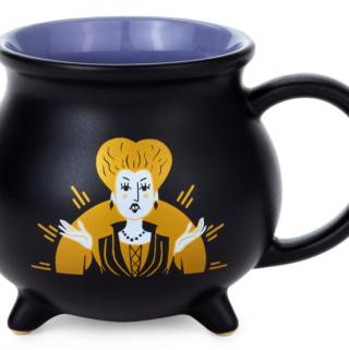 The cauldron mug with Winnie from Hocus Pocus.